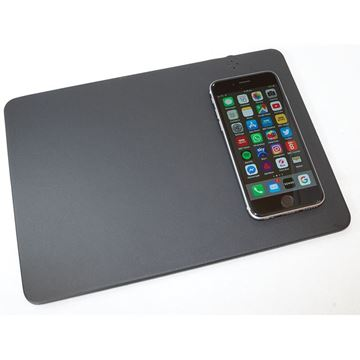 Picture of Wireless Charging Mouse Mat